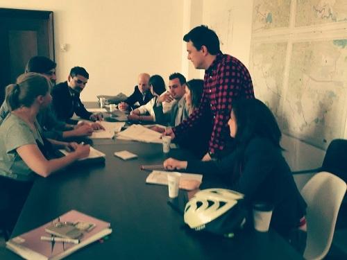 HaicuBicla în Media - imagine de la una din întâlnirile avute cu consilierii generali